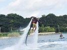 【静岡・浜名湖】<新感覚の面白さ!>初めての方歓迎!ジェットパック体験(15分コース)の様子