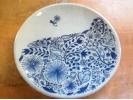 【滋賀・信楽】6種の絵の具で自由に!陶芸絵つけ体験の様子