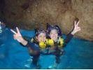 沖縄☆青の洞窟シュノーケリング 魚の餌付け&写真撮影付きの様子