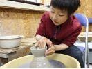 【長野・八ヶ岳】野辺山高原で陶芸体験!小学生から参加できる「電動ろくろコース」の様子