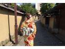 【石川・金沢】着付け講師が美しい着物姿をかなえる「レンタル着物&散策プラン」の様子