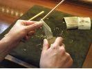 【大分・湯布院】湯布院旅行の思い出に。湯布院に育っていた桜の木から素敵なオリジナル箸を作ろう!の様子