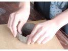 【栃木・益子】益子焼の陶芸体験!手びねりで作る世界で一つのオリジナルの器の様子