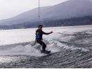 【山梨・山中湖】水上を横滑り!ウェイクボード体験(20分)の様子