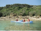【沖縄・八重瀬】手つかずの自然がそこに!無人ビーチまでプチ冒険シーカヤック体験の様子