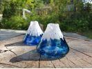 夏の吹きガラス体験♪青に染まる富士山一輪挿しを作ろう!の様子