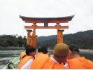 【広島・宮島】安芸の国めぐり COOL HIROSHIMA「かき筏めぐり」と「海鮮バーベキュー」体験の様子
