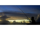 【沖縄・恩納村】フィッシング夜釣りコース♪月明かりの下で大物を狙おう!の様子