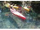 【青森・十和田湖】始めての方歓迎!世界最大の二重カルデラ湖の特別保護区を巡るカヤックツアーの様子