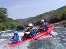 【四国・吉野川】自分の力で川下り!ダッキー体験コースの様子