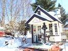 【山梨・八ヶ岳】大人が楽しむスノーシュー体験!冬のピクニックの様子