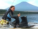 【山梨・山中湖】初心者限定!ウェイクボード体験(初心者コース)の様子
