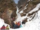 【栃木・日光】★期間限定★日光雲竜渓谷・氷壁を訪ねる冬のアイストレッキングの様子