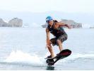 【沖縄・北部エリア/名護/本部/瀬底島】ヨコノリ系!ホバーボード体験(30分)の様子