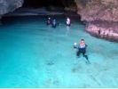 【沖縄・石垣島】青の洞窟探検!シュノーケリング+清流滝つぼトレッキング・半日コース(PLAN3)の様子