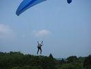 【九州・長崎】自分の体が浮いて爽快!パラグライダー体験の様子