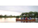 【北海道・釧路川湿原】広く穏やかな川を湿原に吹く風を感じながらカヌーを漕ごう【ショートコース】の様子