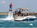 【沖縄・初心者】那覇から10分で沖縄の海を満喫!専用ボートで今話題のフライボード体験!!の様子