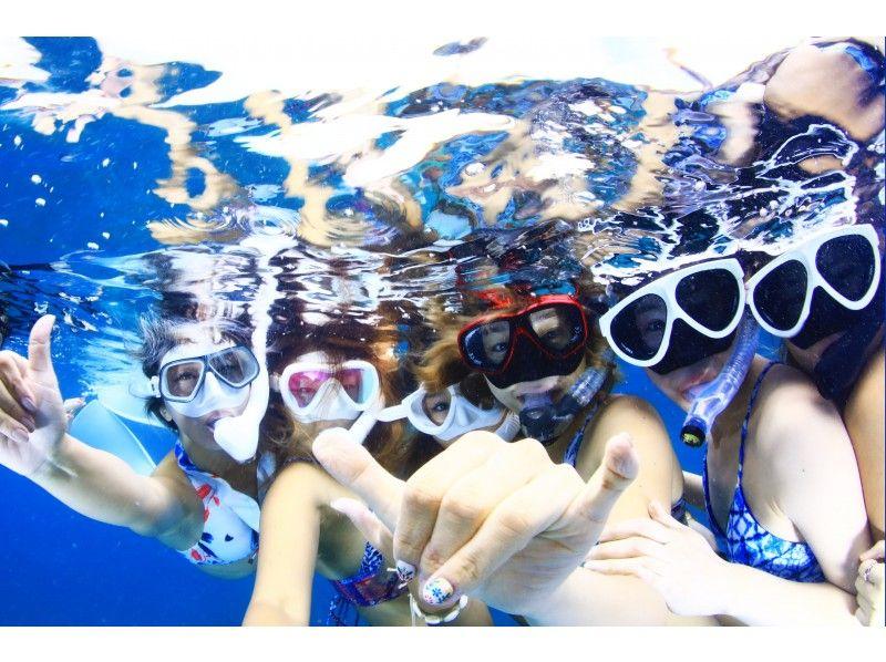 【石垣島おすすめ店】インスタ映え抜群のショップが高評価!川平湾シュノーケリング&グラスボートツアーを開催「カビスタ-KabiraSnorkelingStudio-」