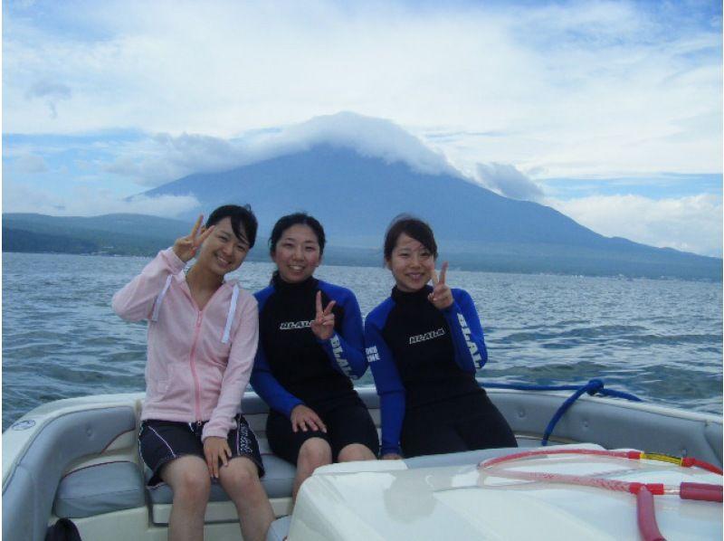 [山梨-Lake Yamanaka]一边看富士山!站立式划桨船体验(60分钟)[早上]