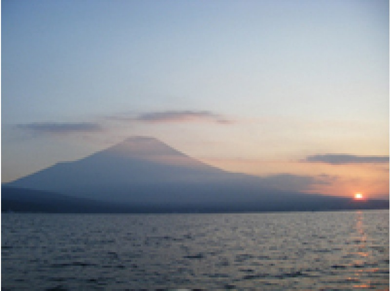 【Yamanakako】 【Yamanakako】 Rental:] Superb view! Mount Fuji! ! Stand-up paddle boat Rental(1 hour) 【morning】