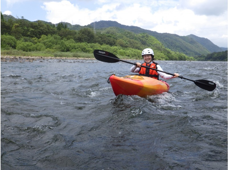 [Shimane ・ Enokawa] single seater Kayak Go about 5km on the river! Canoe Experience (half-day course)