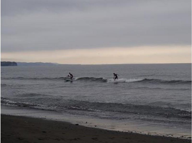 [Kanagawa Prefecture Fujisawa] introduction image of surfing private lessons in the sea of ​​Chigasaki