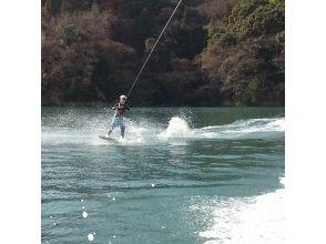 【広島・竹原】瀬戸内海でウェイクボードをたっぷり楽しもう! (1本15分~)の画像