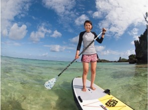 【Okinawa · Onna Village】 Guide monopoly! SUP Experience & Blue Cave Snorkeling Photo & SD Card Present included! Image of