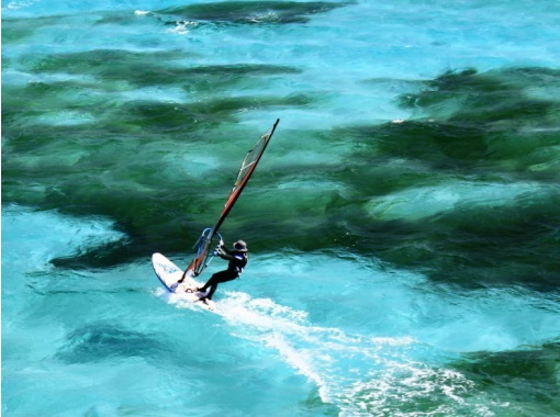 [Tsukuse play Okinawa! ] Immediate delivery! Guide Allowed! You can choose many activities such as wind surfing!の紹介画像