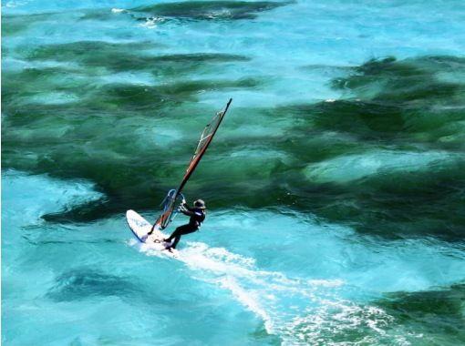 【沖縄を遊びつくせ!】即デリバリー!ガイド可!ウィンドサーフィンなどアクティビティ多数選べます!