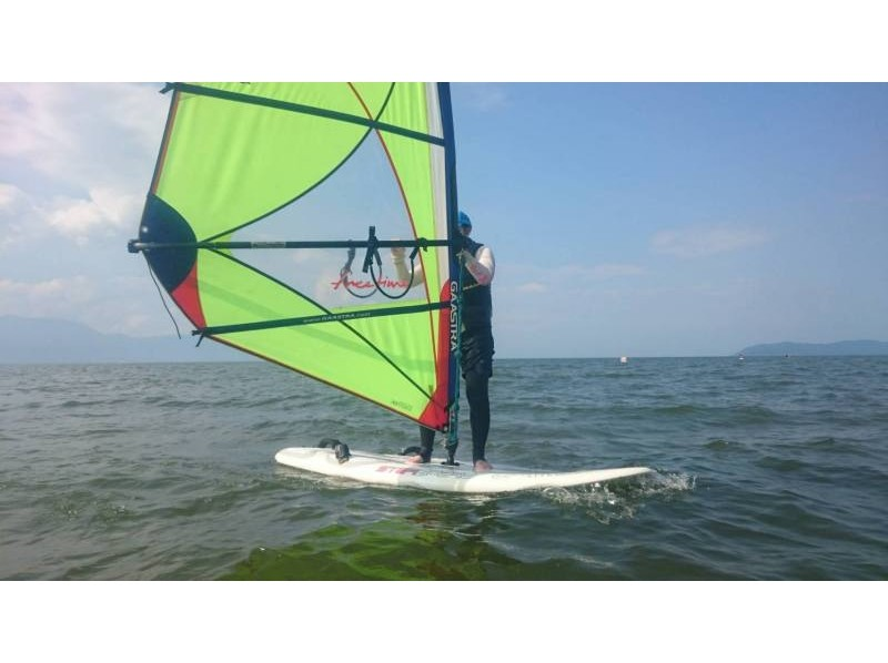 [Shiga Prefecture Lake Biwa] Even beginners are okay! Windsurfing One day experience course