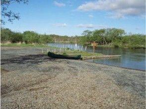 【北海道・釧路川】塘路湖(とうろこ)から釧路川を下る釧路湿原カヌーツアーの画像