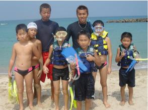 【岛根·滨田】让我们放松地观察大海吧!位于滨田海的浮潜(90分钟)