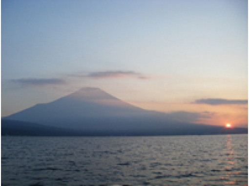 【山中湖】【レンタル:】絶景!富士山!!スタンドアップパドルボートレンタル(1時間)【午後】