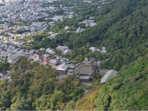 [Kyoto Prefecture] Kiyomizu Temple from the sky a. Image of a helicopter sightseeing flight experience [10 minutes]