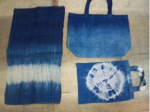 【沖縄・国頭郡・伝統文化体験】自然に癒されながら藍染体験♪手づくり藍染ぺたんこバッグの画像