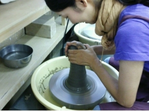 【埼玉・蕨】お好きな作品が作れます!電動ろくろ陶芸体験の画像