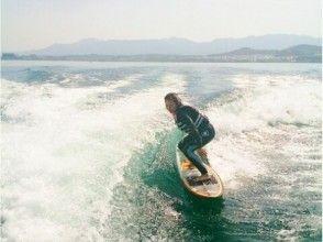 【滋賀・琵琶湖】ウェイクサーフィン体験プランの画像