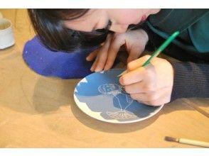 [Kanagawa/ Yugawara] Enjoy even small children! Experience painting on your favorite vessel