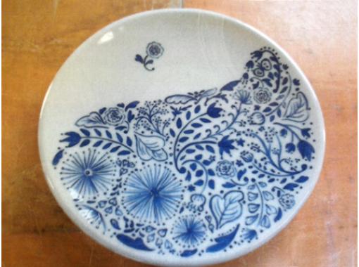【滋賀・信楽】6種の絵の具で自由に!陶芸絵つけ体験