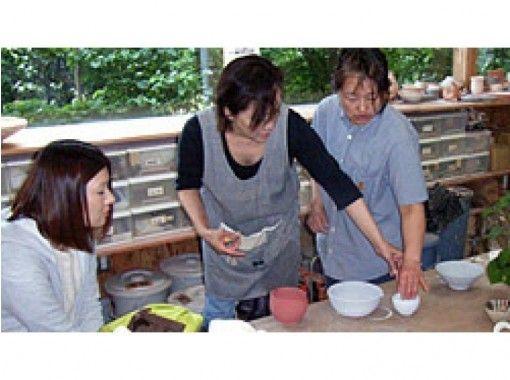 【埼玉・久喜】手びねりから電動ろくろまで!初心者から上級者まで楽しめる!陶芸体験
