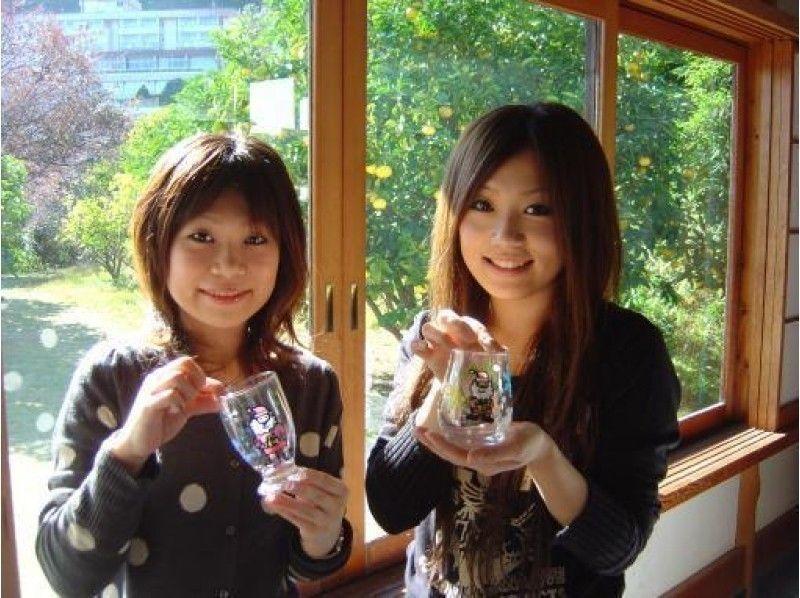 【静岡・ガラスアート】ステンドグラスのような仕上がりに!ガラスアート体験の紹介画像