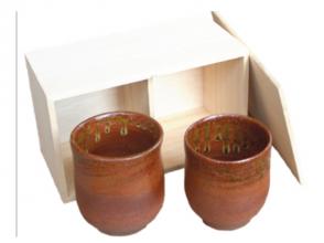 【静岡・夫婦茶碗作り】桐箱付きの湯呑みを作ろう!電動ろくろで夫婦茶碗作り体験の画像