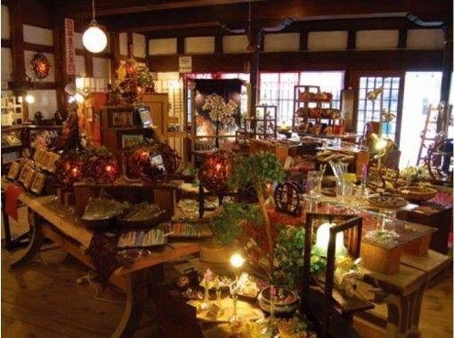 【北海道・小樽市】お好きなガラスを組み合わせて小物を作る「フュージング体験」体験前後に小樽観光も!