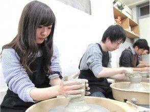 【東京・赤羽橋】気分は陶芸家。初心者におすすめ!電動ろくろ陶芸体験