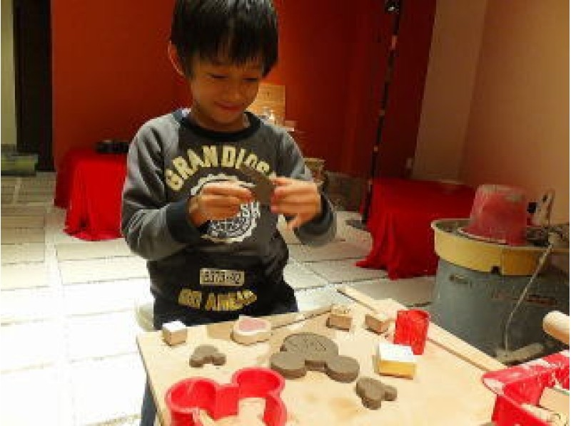 """[Mie/ Ise City] Children can enjoy """"hand-in-hand pottery experience"""" at the workshop, a 15-minute walk from Ise Shrine!の紹介画像"""