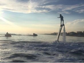 Fly the sky in the [Hyogo Akashi] water pressure! Fly board experience image of the plan [20 minutes]
