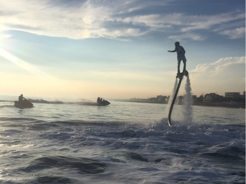 hyogo akashi fly the sky with water pressure flyboard