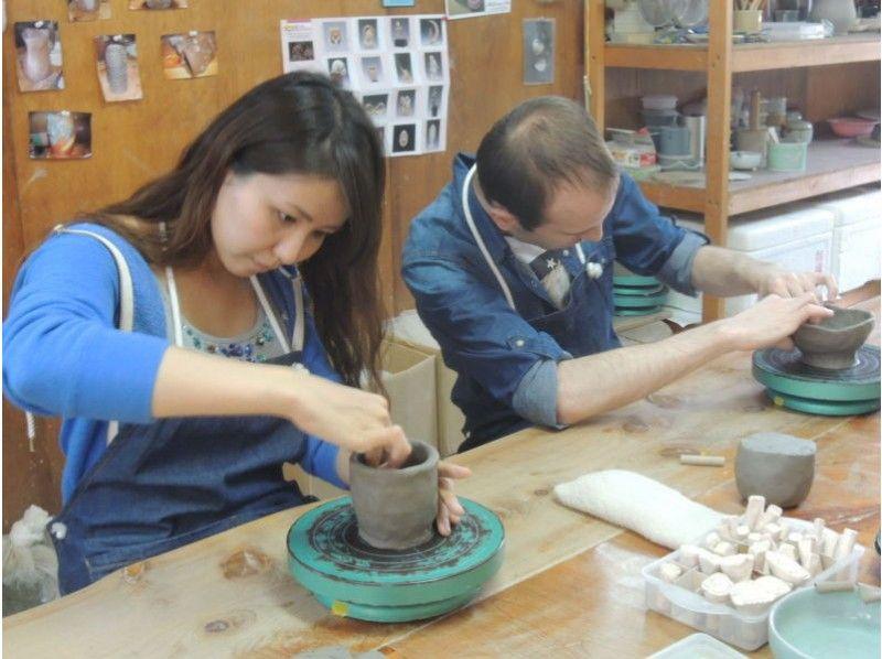 [三重/鳥羽市]陶藝體驗-一個很好的計劃,可以用大量粘土製作多達4件作品,例如茶杯和茶杯の紹介画像